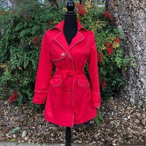 Kelyna Paris trench coat